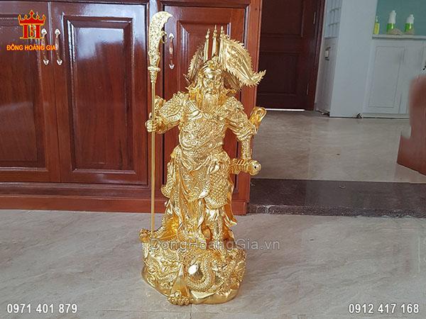 Bàn Giao Tượng Đồng Quan Công Dáng Đứng Dát Vàng 9999 Tại Nhà Khách Hàng