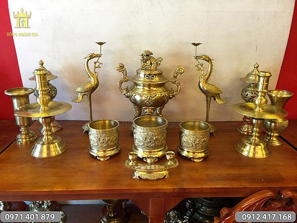 Bộ đồ thờ bằng đồng vàng đỉnh dơi 50cm