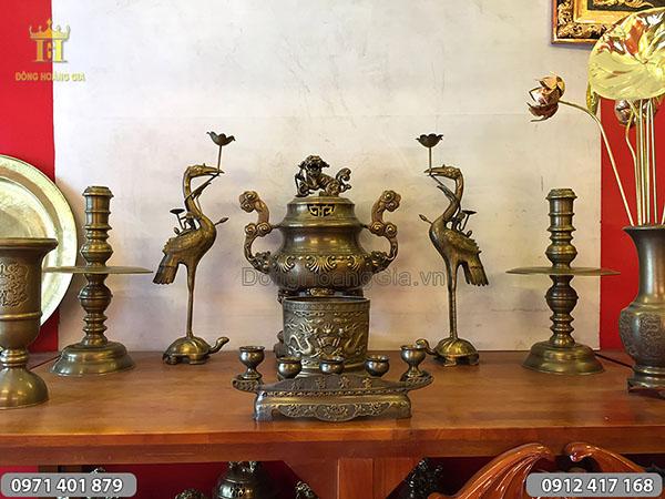 Bộ đồ thờ bằng đồng màu hun đỉnh sòi 60cm