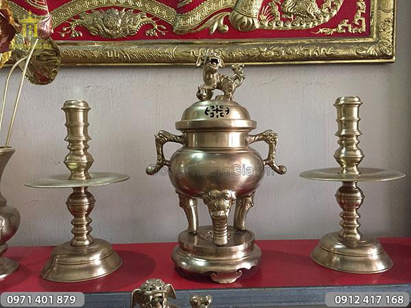 Đỉnh Đồng vàng mẫu tròn, trơn, tai cụp 50cm