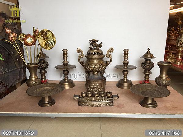 Đồ thờ cúng bằng đồng mẫu rồng nổi hun cao 50cm