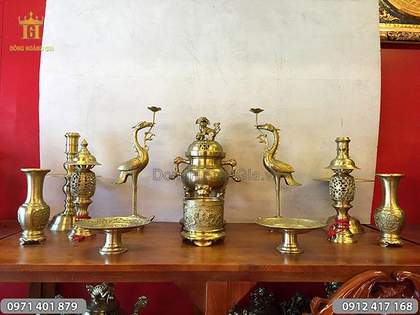 Đồ thờ cúng bằng đồng vàng đỉnh tròn 50cm