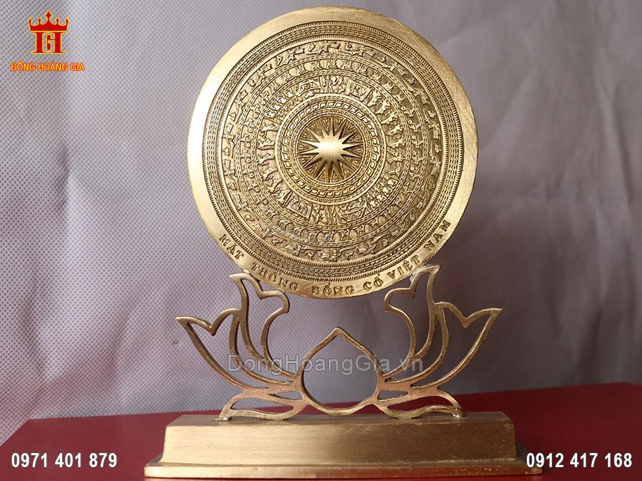 Mặt trống đồng cổ Việt Nam bằng đồng vàng