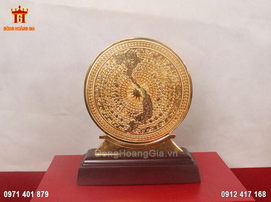 Mặt trống đồng hình bản đồ Việt nam mạ vàng 24K