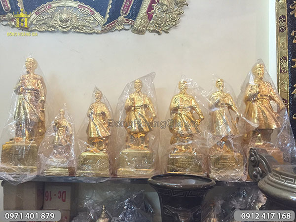 Nơi bán tượng Trần Hưng Đạo thiếp vàng