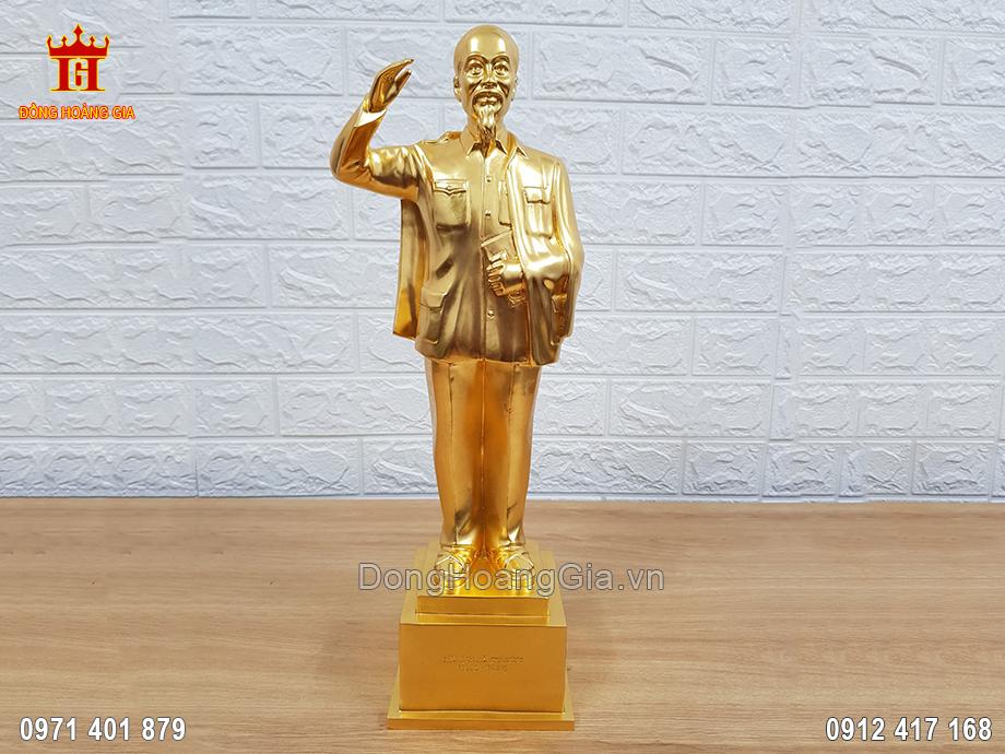Tượng Bác Hồ Đứng Bằng Đồng Vàng Nguyên Chất Dát Vàng 9999 42Cm