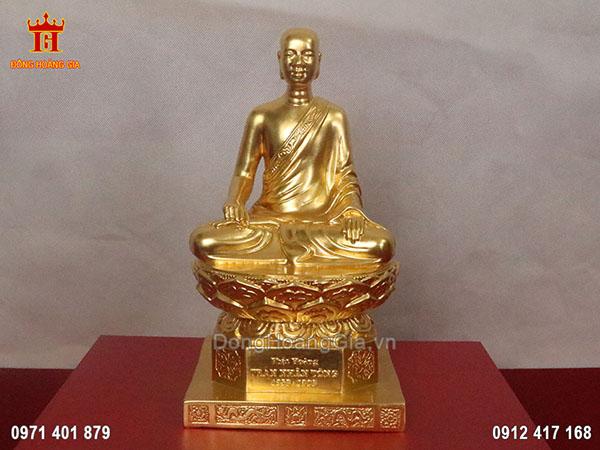 Tượng đồng Phật Hoàng Trần Nhân Tông dát vàng 9999