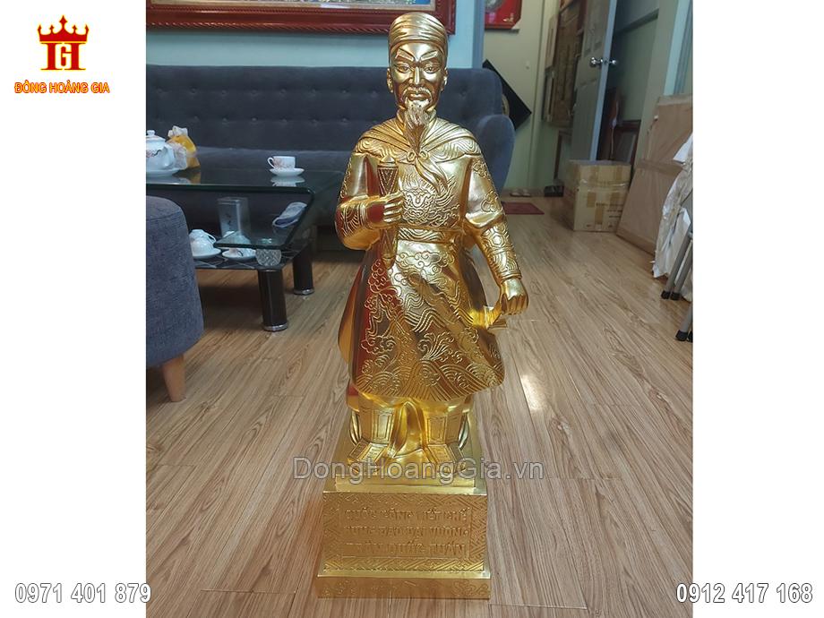 Tượng Đồng Trần Quốc Tuấn Dát Vàng 9999 68Cm
