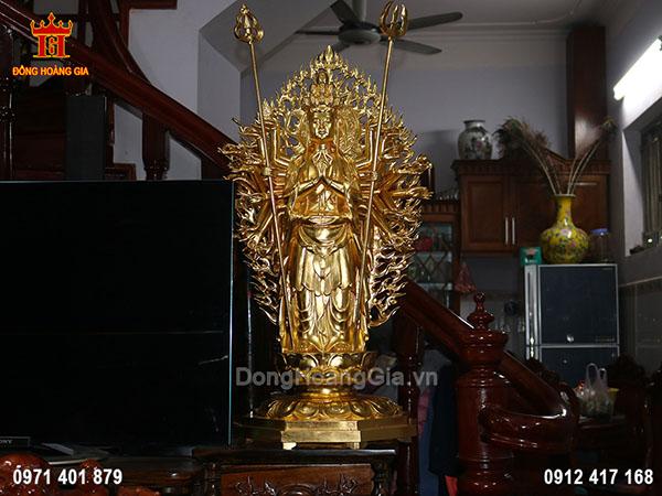 Pho Tượng Phật Quan Thế Âm dáng đứng bằng đồng dát vàng