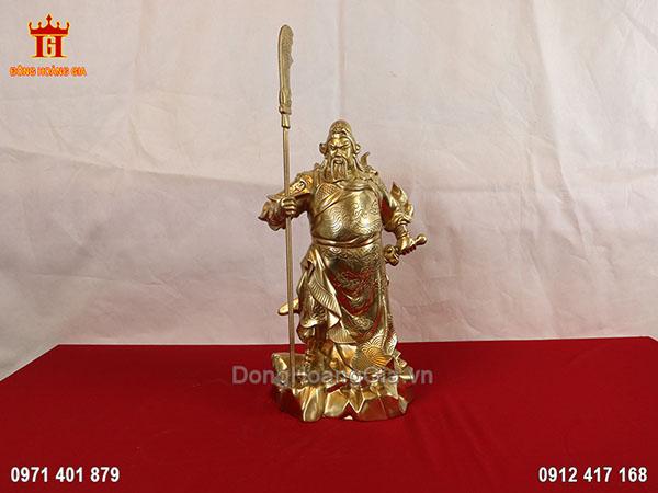 Tượng Quan Công chống đao bằng đồng vàng