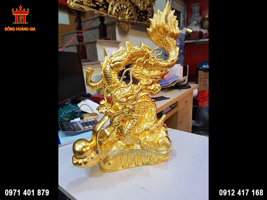 Tượng Rồng Nhả Ngọc Bằng Đồng Dát Vàng 9999